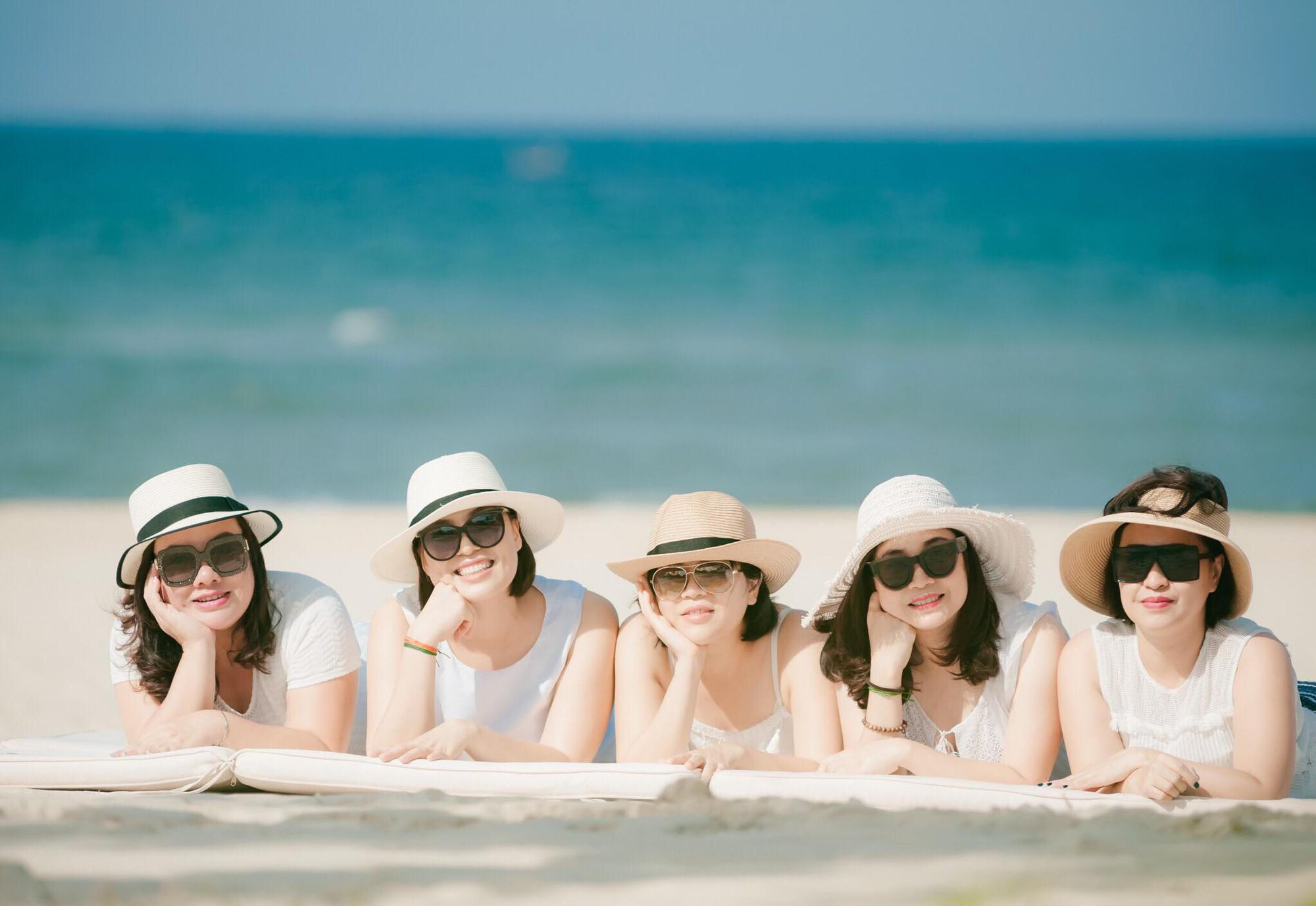 Nghe hội chị em tư vấn đi du lịchNha Trang 3 ngàysang chảnhchỉ với gần 5 triệu đồng - Ảnh 2.