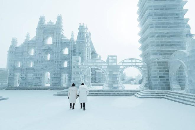 Thách thức bản thân với chuyến đi đến Thành phố băng siêu đẹp của Trung Quốc: Lúc lạnh nhất có thể xuống tới -40 độ! - Ảnh 22.
