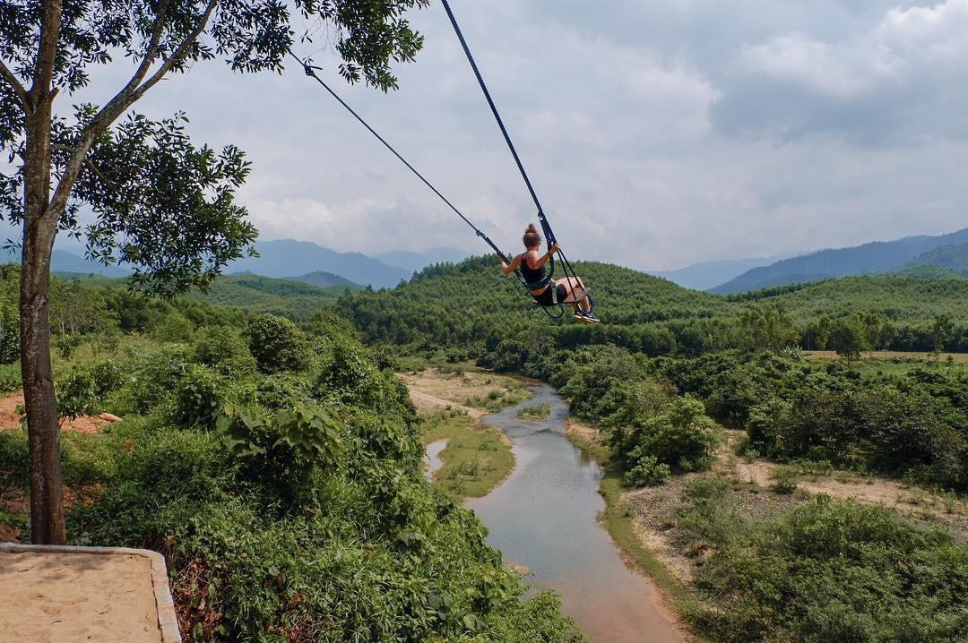 """Cần gì đến Bali, tại Việt Nam cũng có xích đu gỗ view trọn thung lũng tha hồ cho bạn """"thót tim"""" bay lượn! - Ảnh 27."""