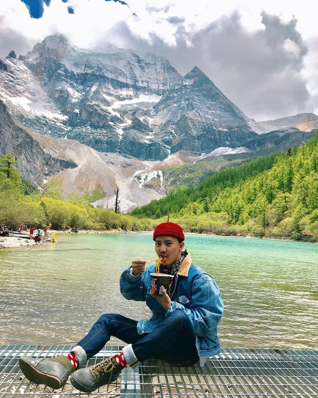 Ít ai biết Trung Quốc có một nơi được mệnh danh tận cùng nhân gian: Đường đi vô cùng khó khăn, phong cảnh đẹp đến choáng ngợp! - Ảnh 14.