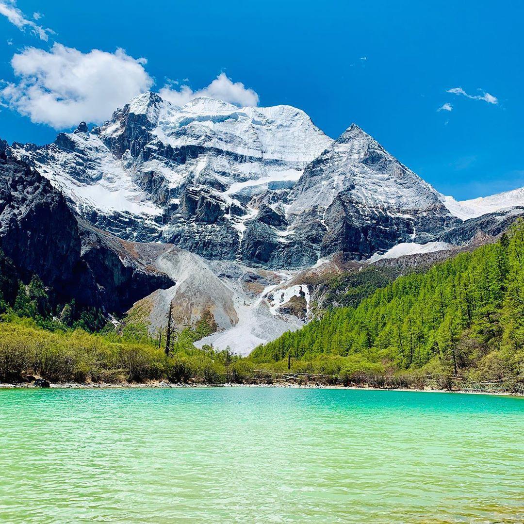Ít ai biết Trung Quốc có một nơi được mệnh danh tận cùng nhân gian: Đường đi vô cùng khó khăn, phong cảnh đẹp đến choáng ngợp! - Ảnh 4.