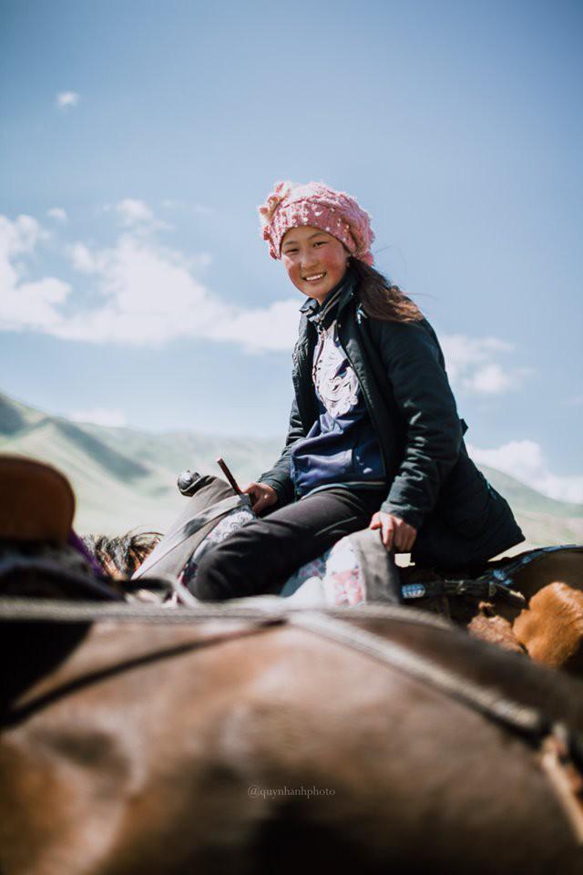 """Hành trình 2 tháng ngao du trên Con đường Tơ lụa của nữ nhiếp ảnh gia Hà Nội: Xứng tầm hai chữ """"huyền thoại""""! - Ảnh 28."""