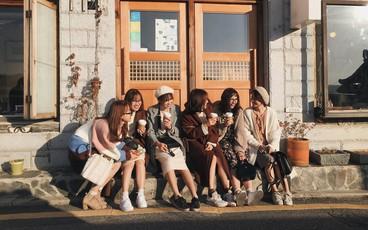 Ảnh đi Hàn tuyệt đẹp của An Toe: Du lịch nhóm, lên concept áo quần quan trọng như... mua vé máy bay!
